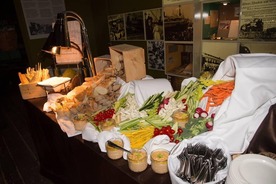 food-display_grasslands-corridor
