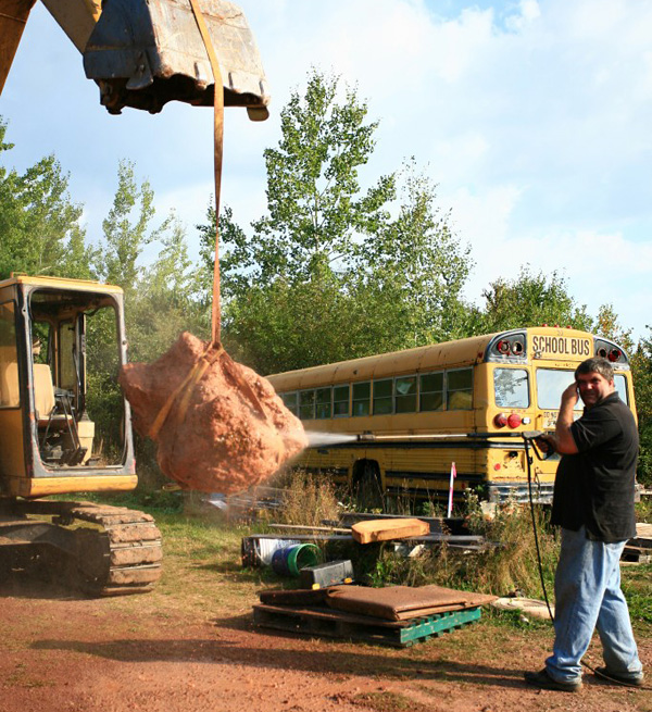 The amethyst was pressure washed at the mine, after extraction from the ground. The Thunder Bay area is home to the most productive amethyst mines in North America. (photo: Cindy Hasler)