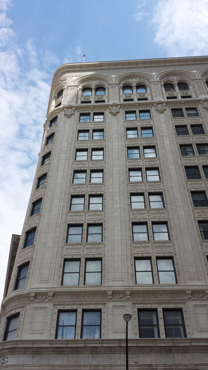 Atchison's Union Trust Building on Main and Lombard is also clad in white glazed terracotta. It was completed in 1912 and to this day is conspicuous in its particular location.
