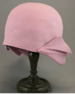 Front/side veiw of mauve hat