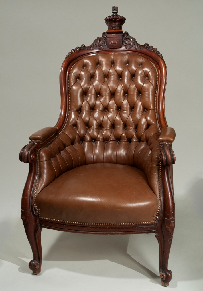 William Hespeler Speaker's Chair, 1900, wood and leather. H9-38-512, copyright Manitoba Museum, photograph by Rob Barrow.