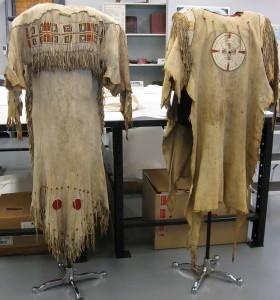 dress-and-shirt-on-mounts